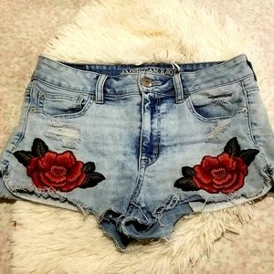 American Eagle Outfitters | Hi Rise Shortie